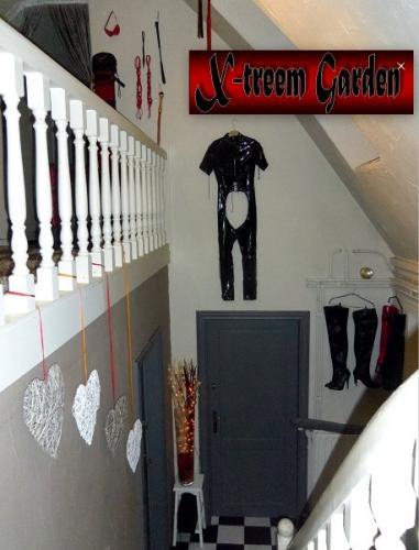BDSM studio05